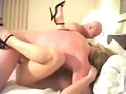 Sharing wifey with frienda in super-fucking-hot foursome